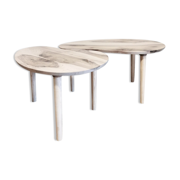 Selency Tables basses tripodes en noyer