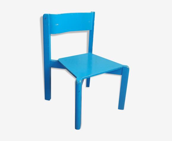 Little blue child chair