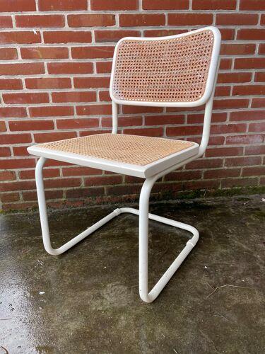 Lot de 4 chaises Cesca modèle de Marcel Breuer