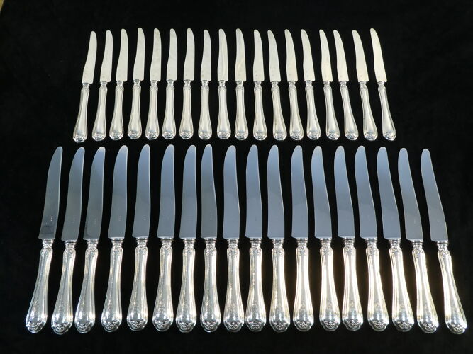 Coffret de 36 couteaux en argent massif minerve fin 19eme