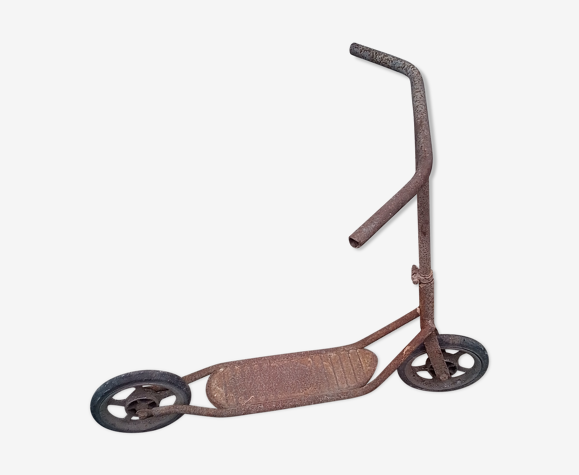 Former iron scooter