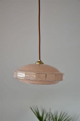 Suspension vintage en verre de Clichy beige-rosé liseré doré