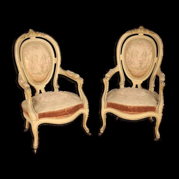 Paire de fauteuils Français laqués et dorés Français antiques du 19ème siècle