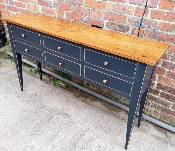 Blue wood console