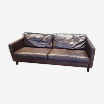 Canapé cuir brun foncé, garnissage plumes