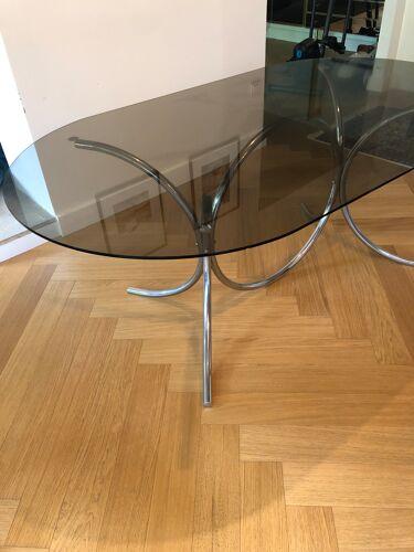 Table à manger verre fumé et chrome