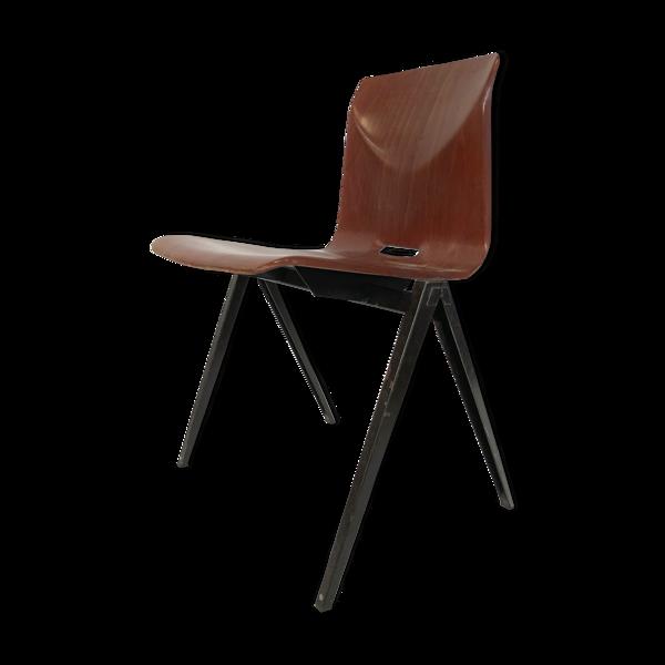 Chaise d'école empilable S22 de Pagholz Galvanitas