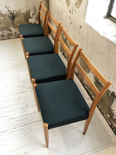 Set 4 chaises scandinaves vertes