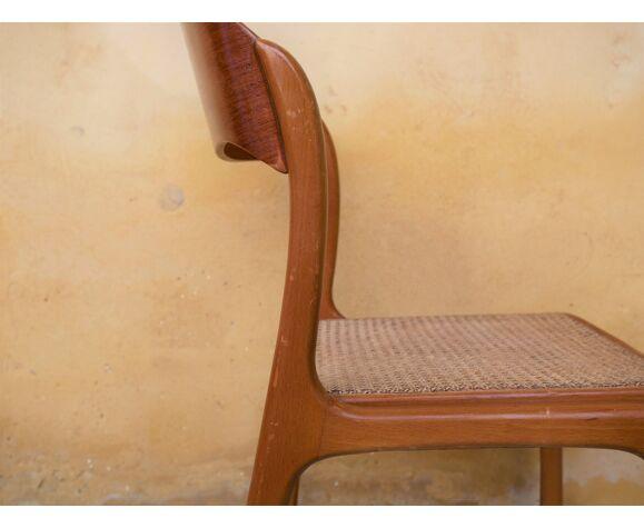 Chaise «traîneau» cannée éditée par Baumann