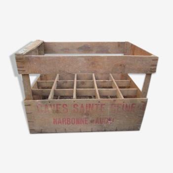 Ancienne caisse a bouteilles en bois publicitaire