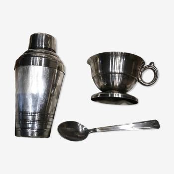 Coffret tasse et poudreuse vintage