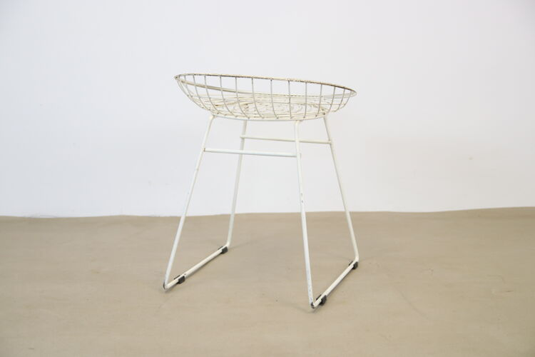 Tabouret en fil blanc Pastoe KM05 par Cees Braakman