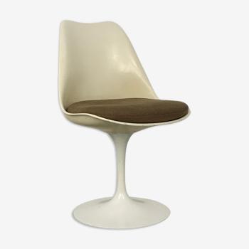 Chaise tulipe Eero Saarinen pour Knoll