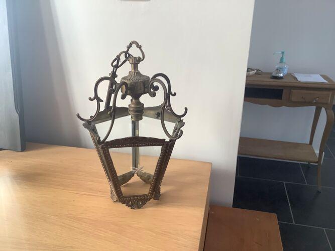 Suspension bronze et verre  ciselée