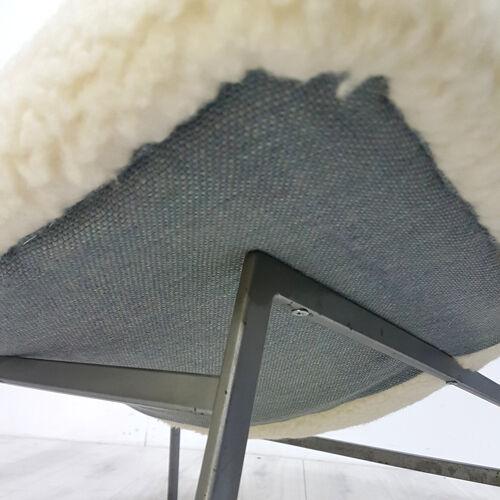 Fauteuil avec rembourrage en peluche en laine, années 1960