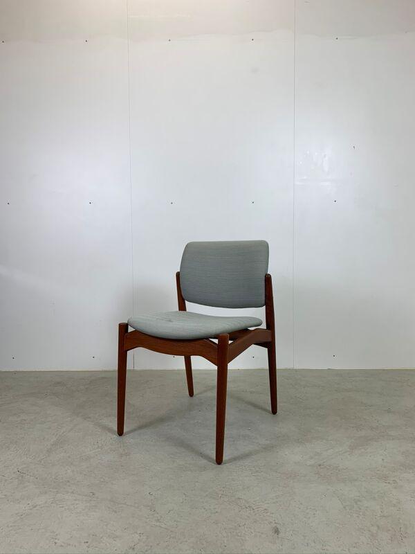 Chaises modèle Captain par Erik Buch pour Ørum Møbelfabrik, 1967