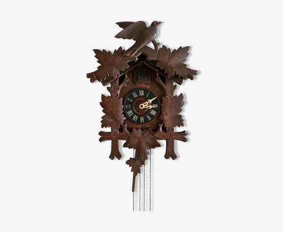 Horloge antique coucou de la forêt-noire