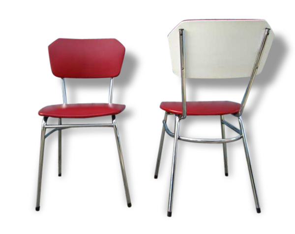 Lot of 2 vintage chairs