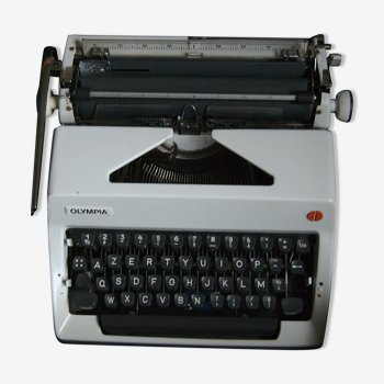 Vintage Olympia typewriter with new ink