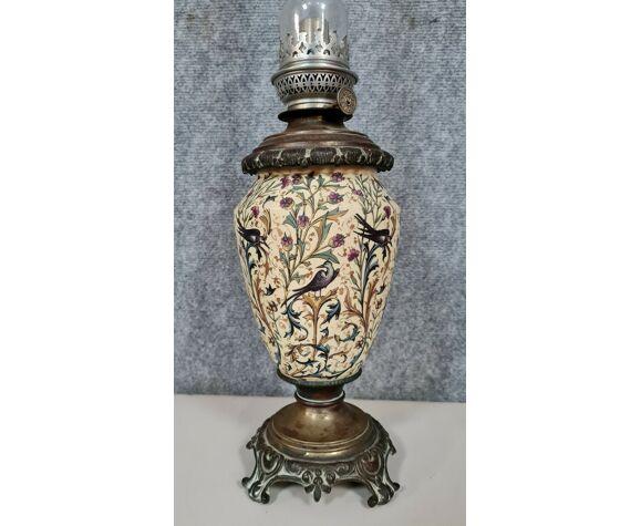 Lampe à pétrole Napoléon III en faïence et bronze patiné vers 1880
