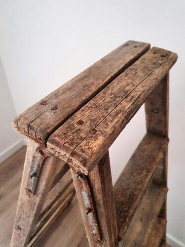 Escabeau de peintre en bois