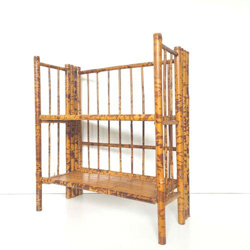 Shelf bamboo