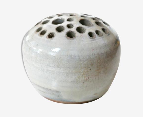 Pique fleurs blanc en céramique, années 70