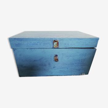 Ancienne caisse à outils en bois