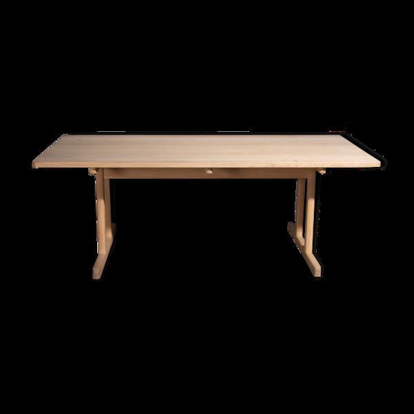 Table modèle BM 6286 de Børge Mogensen par Fredericia