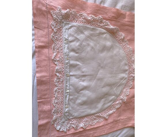 Taie broderie