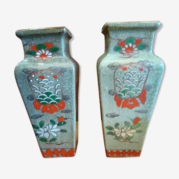 Paire de vases asiatiques craquelés et émaillés