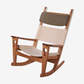 Rocking-chair H. Wegner pour Getama modèle Ge-673 chêne