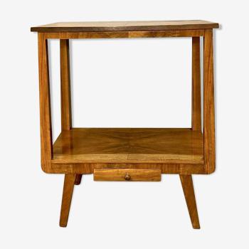Table vintage avec deux plateaux plaqués de noyer des années 1960