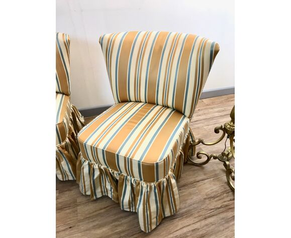 Ensemble canapé et fauteuils crapaud