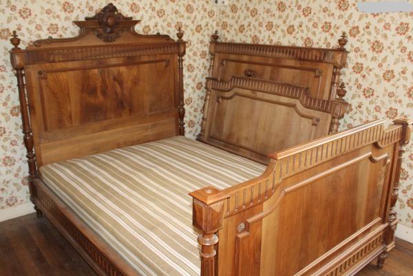 Tête de lit des années 1920