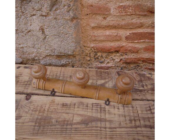 Porte-manteau en bois