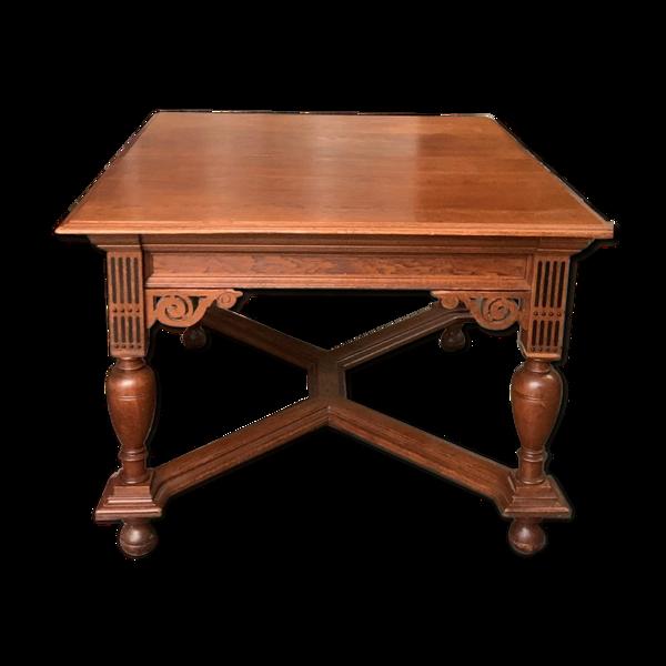 Selency Table à manger dans le style Renaissance. 1870 ans.