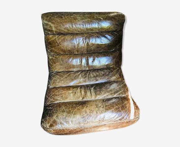 Fauteuil cuir vieilli années 70
