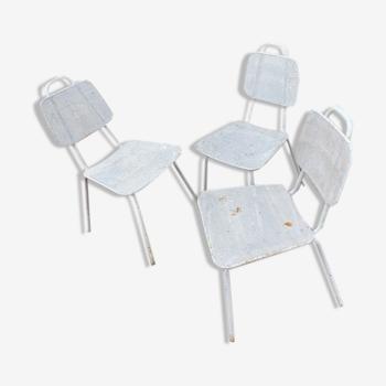 3 chaises de jardin