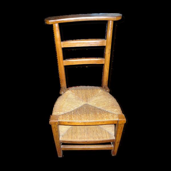 Chaise et prie dieu