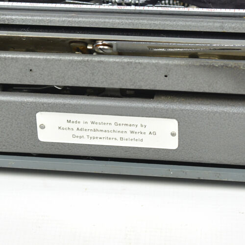 Machine à écrire ABC Kochs Adlernähmaschinen Werke AG Bielefeld, Allemagne, années 1950