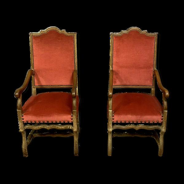 pAire de fauteuils Louis XIII en chêne blond céruse vers 1900