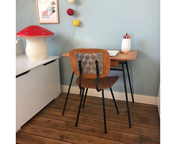 Bureau et chaise maternelle