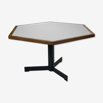 Design minimaliste de table à manger hexagonale vintage
