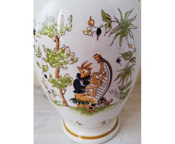 Vase Vieux Moustier 18è siècle