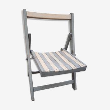 Chaise pliante basse
