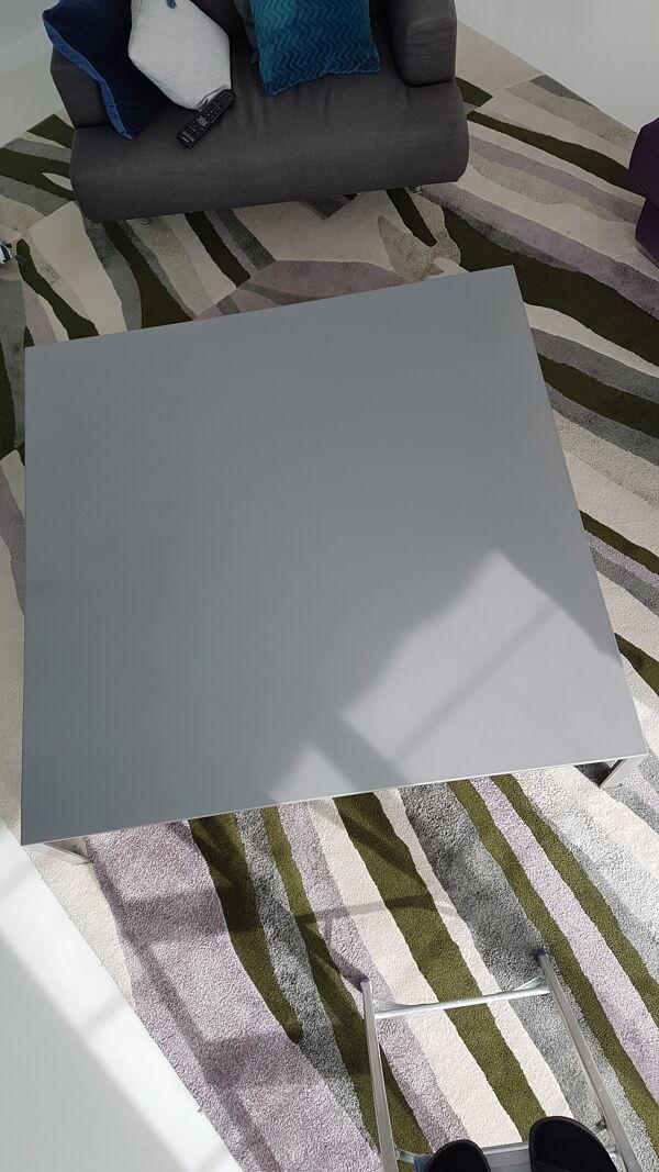 Table basse gris argent Jean Nouvel