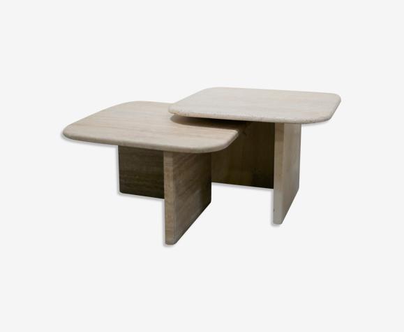 Série de 2 tables basses en travertin
