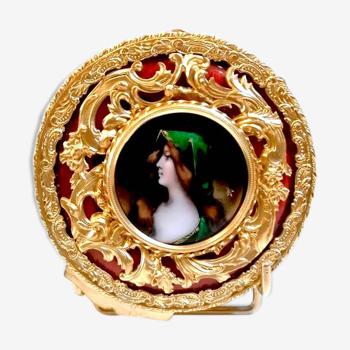 Boite ronde miniature vers 1900