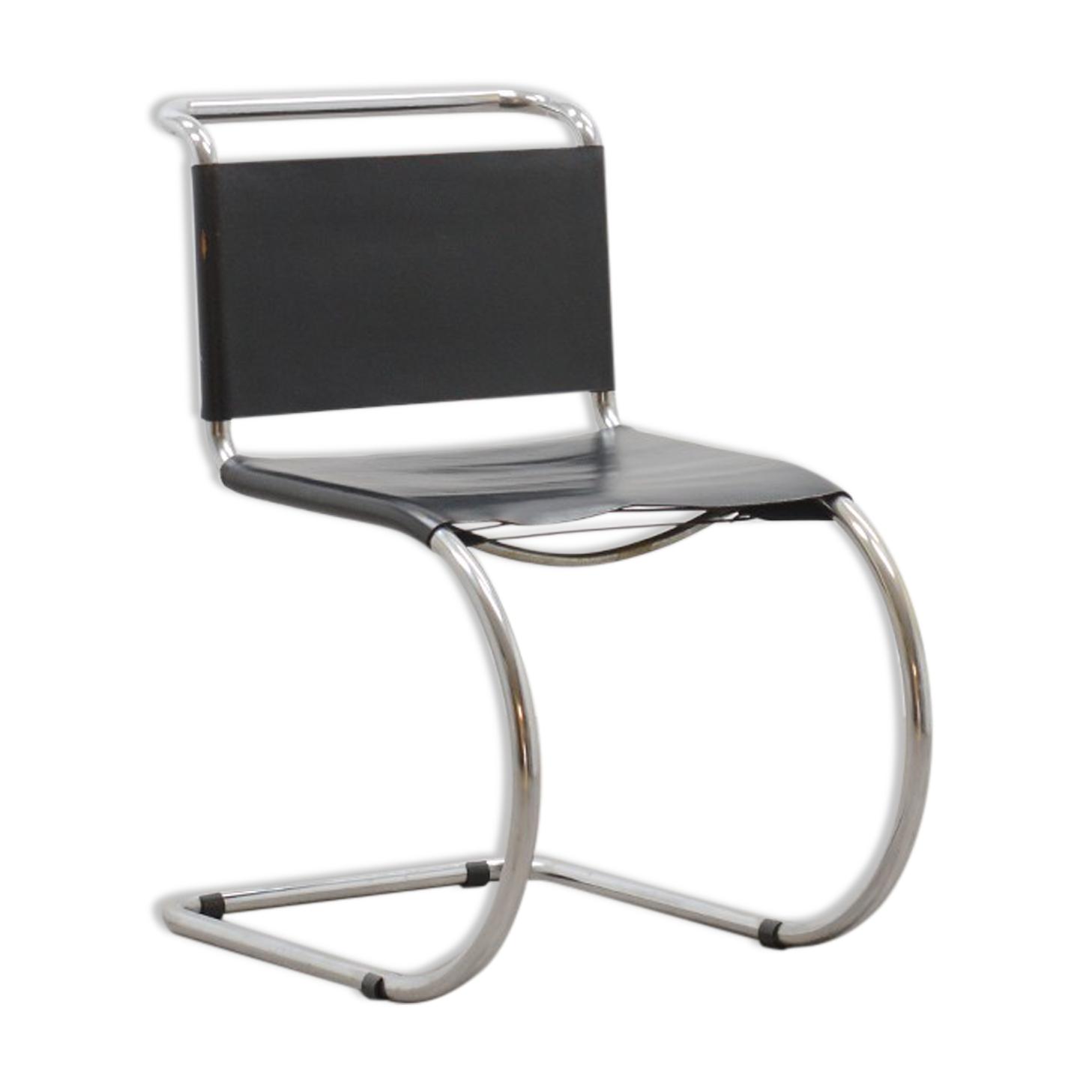 Chaise en porte-à-faux MR10 par Ludwig Mies van der Rohe 60